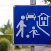 Señales de transito, practica vial, señal calle residencial, autoescuela