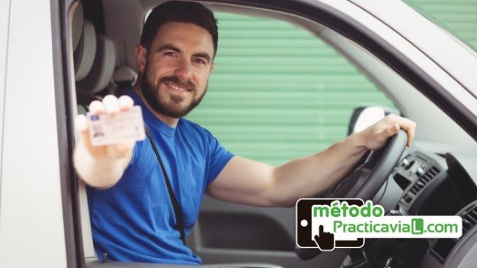 preciosa carnet de conducir