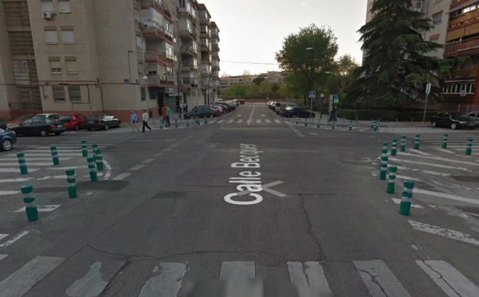17.6 Giro a la izquierda en L sin semáforos