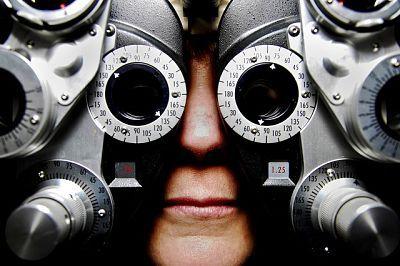 Si revisas tus neumáticos, ¿por qué no revisas tu visión…