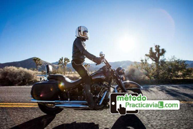 ¿Se puede conducir una moto con el carnet de coche? Todo lo…